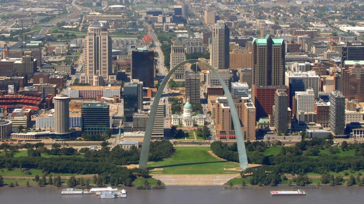 St. Louis z vtáčej perspektívy